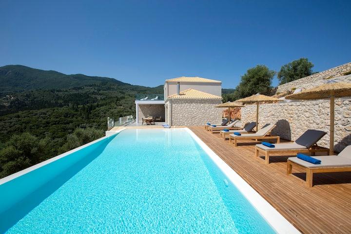 Rachi Seaview: Luxury Villa With Stunning Views