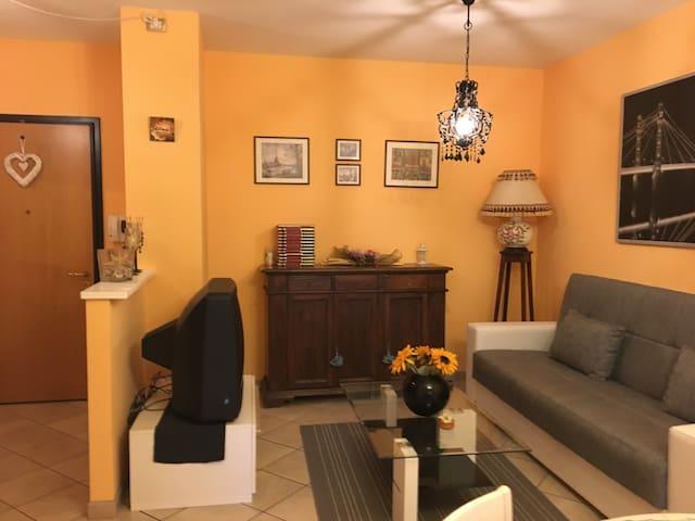 Appartamento 80mq 6vani zona Montecatini Terme(PT) - Margine Coperta-traversagna - Appartamento