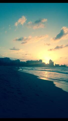 Beach front, 1Br Apt, Isla Verde,PR