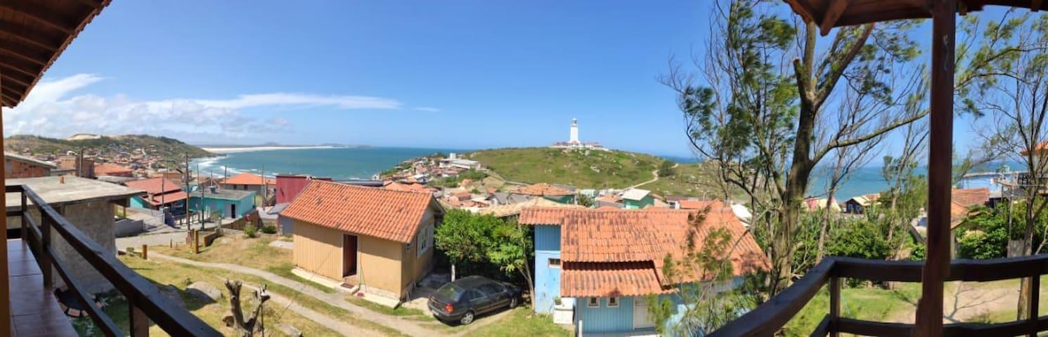 Farol de Santa Marta, Casas do Ivan. Piso superior