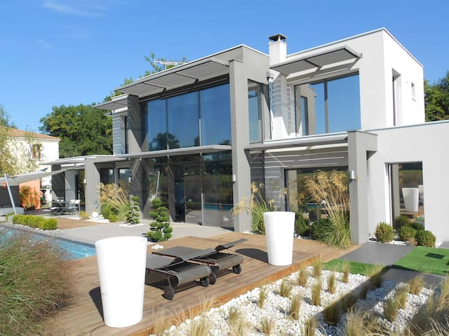 superbe villa d'archi bordeaux ; 35mn Vinexpo - Léognan - Villa