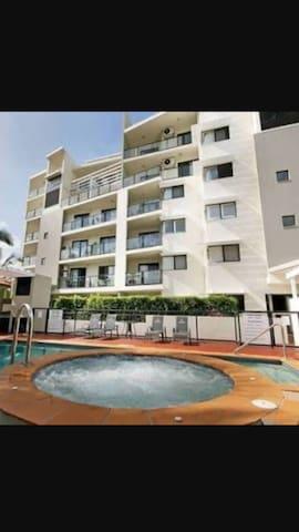 Mariners resort apartment kings beach Caloundra - Kings Beach - Leilighet