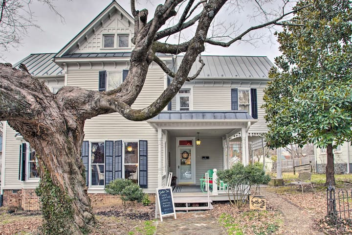 NEW! Historic Home, Walk to Restaurants + Shops!