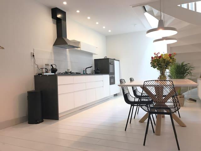 Royaal, luxe vakantieappartement binnenstad Dokkum