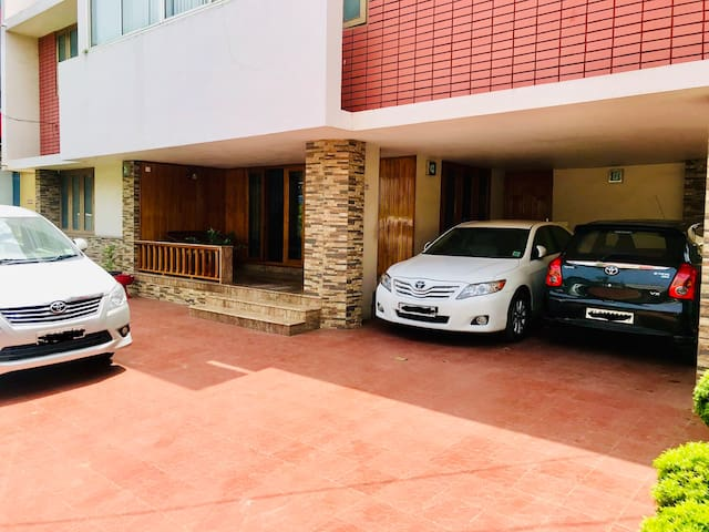 House, 1st Floor, off MG Road, Palayam, Trivandrum