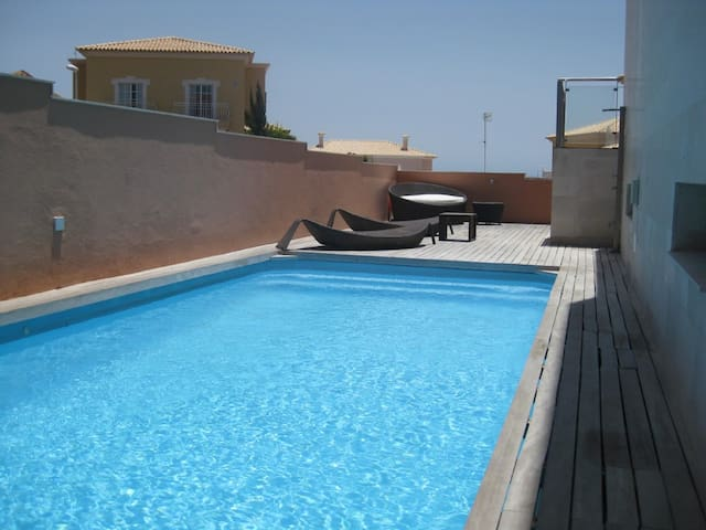 Modern Villa With Private Heated Pool - Arenas del Mar - Villa