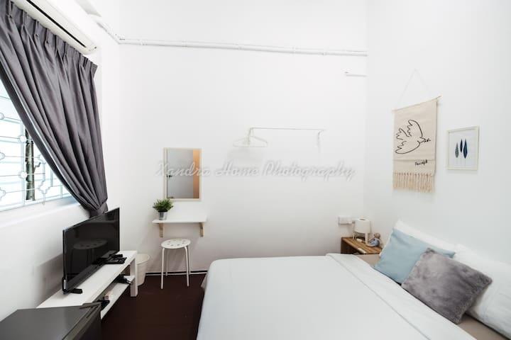 Cozy   Modern   Simple Private Room05 @ Georgetown