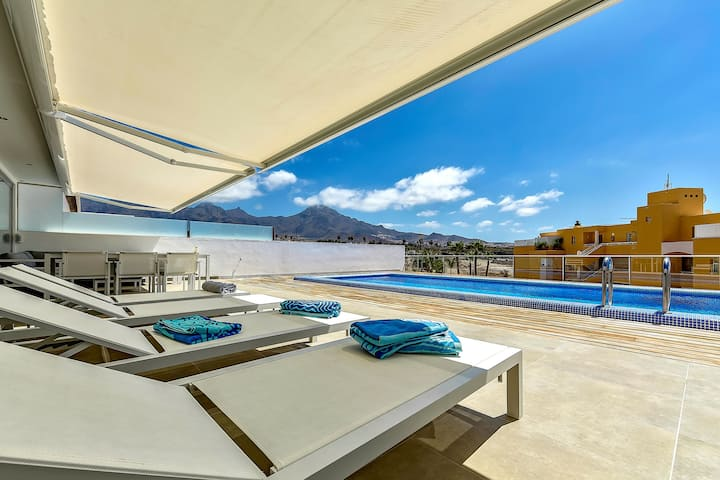 Luxury 2BD apartment in CALETA PALM, private pool