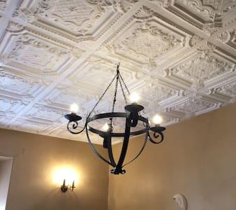 Colonial Guest Suites -  #B - Cuenca