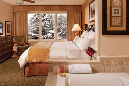 Marriott Evergreen 2BR/2BA Sleeps 8 - Vail
