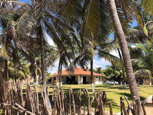 Casa de praia em Flecheiras c/ vista pro mar