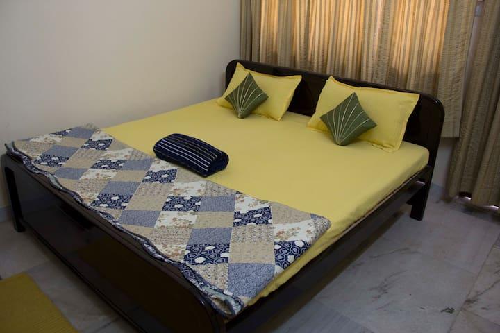Deluxe Non AC WOW ROOMS Jabalpur - Jabalpur - Ház