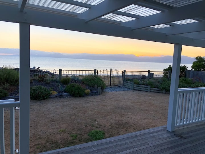 Bed and Breakfast in Ruby Bay - 30 mins to Nelson