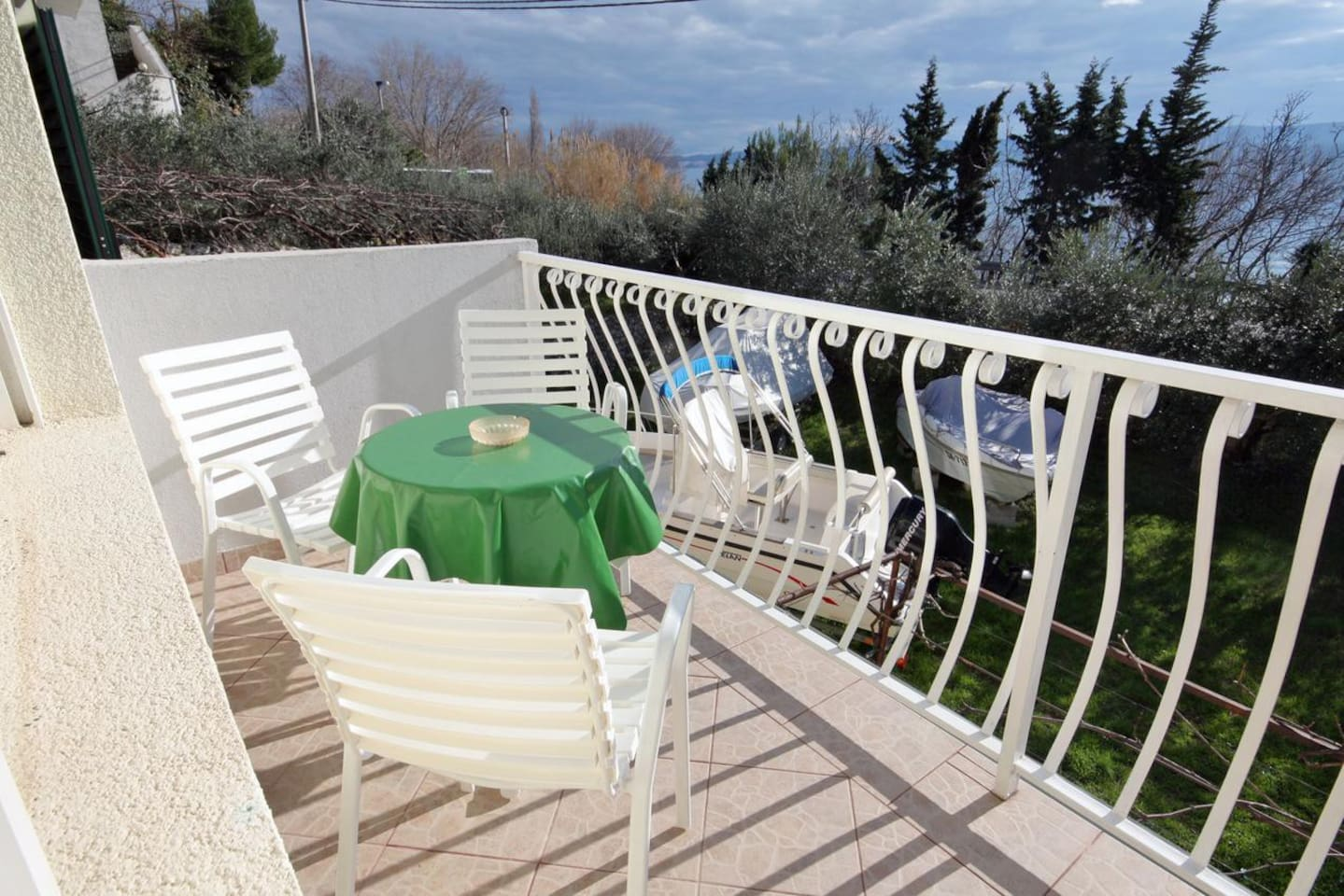 Balcony 1, Surface: 6 m²