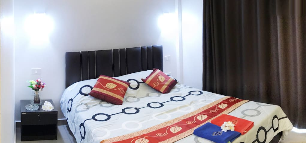 Deluxe Room With Aircon II