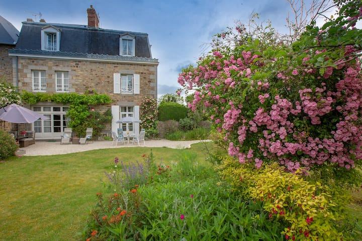 Suite familiale La Rose de Ducey Baie Mt St Michel