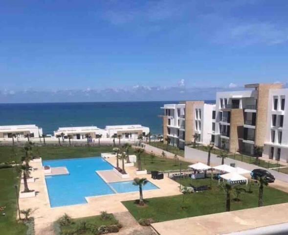 Location appart à plage des nations avec piscine