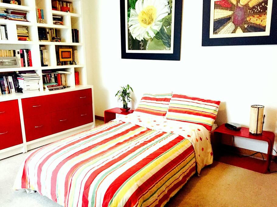 Warm and cozy doblebedroom