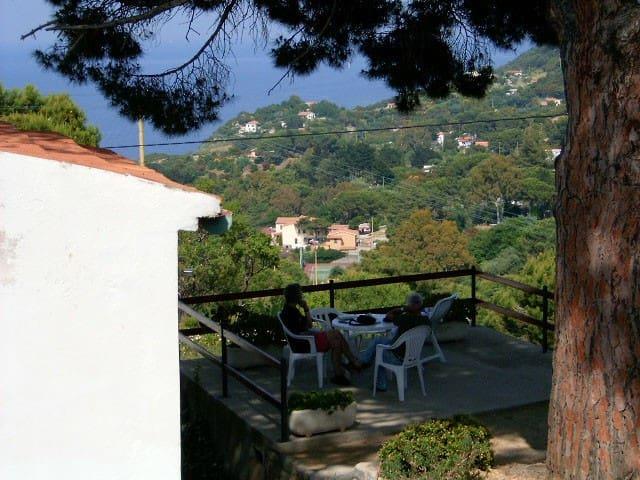 Isola d'Elba  - Antica casa contadina AL PINO