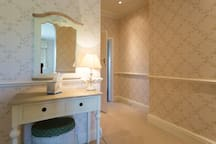 Bed 3 Dressing table