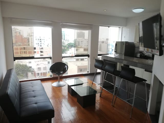 Nice apartment in downtown area of ​​Miraflores