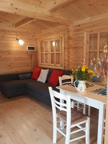 2-bed Moscow Cottage, Cyprus Glamping Park!!
