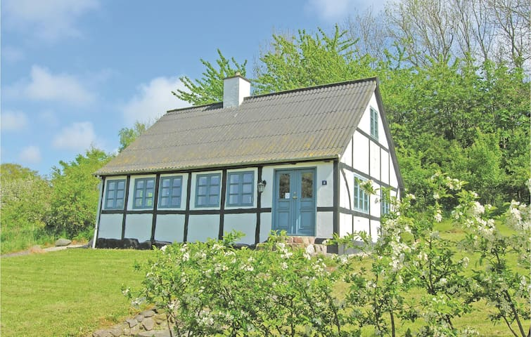 Holiday cottage with 1 bedroom on 70 m² in Tranekær