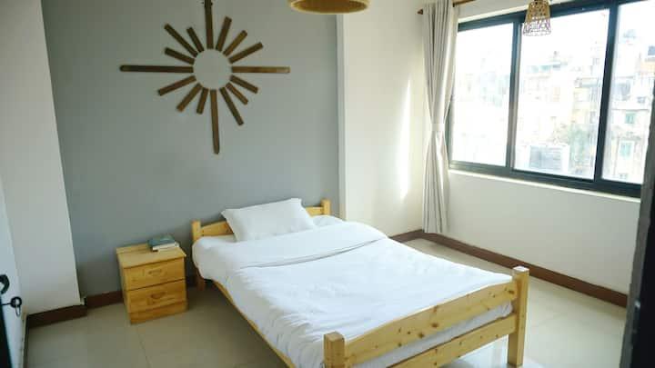 Thamel ShouZuo Room1(one bed)泰米尔区首作单人间。交通方便生活便利且安全