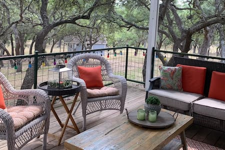 New Listing; Beautiful Hill Country Retreat