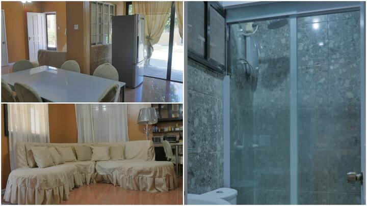 RQ Cozy Place with Wifi , Hot & Cold Shower