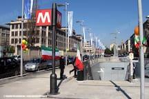 Metro Lingotto  - raggiungibile in 5 minuti a piedi