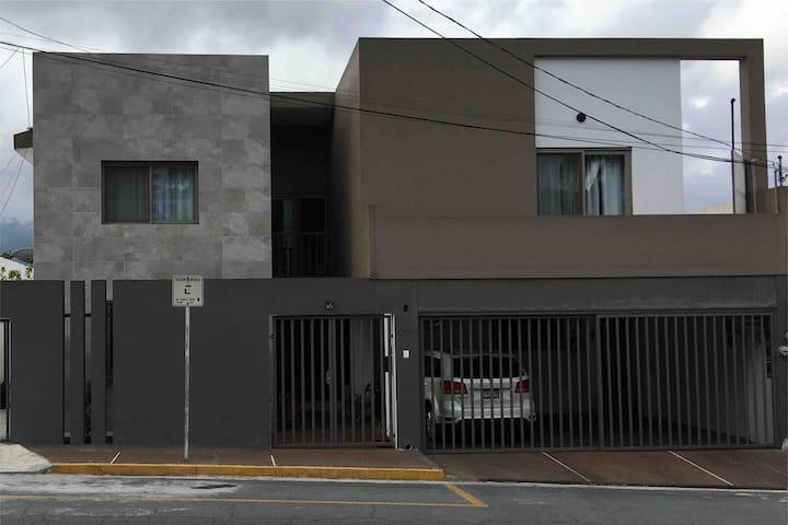 """Lindo apartamento tipo loft """"B"""" en Valle Oriente"""