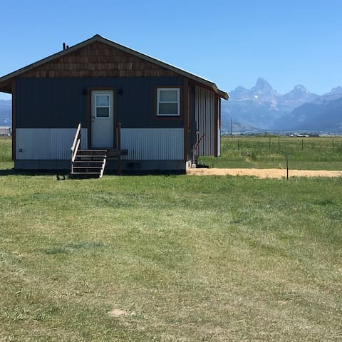 Country Cabin with Teton Views - Tetonia