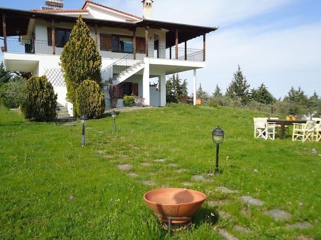 LEPTOKARYA NEFELI SEAVIEW VILLA (GROUND FLOOR) - Leptokarya - 別荘