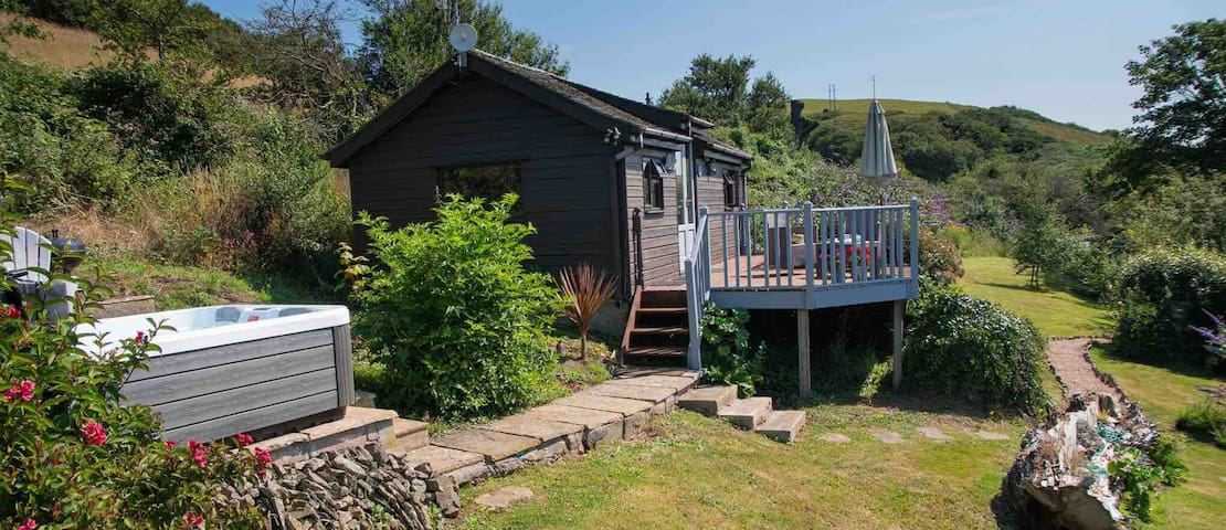 Croyde Hideaways 'Weez House'