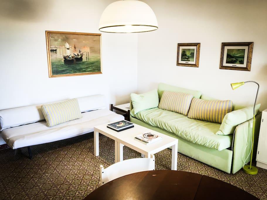 salone (living room)