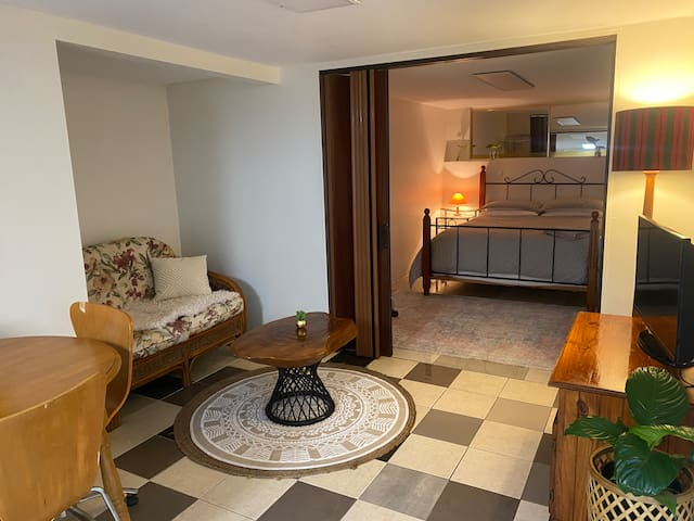 The Nook, nestled away & short walk to town