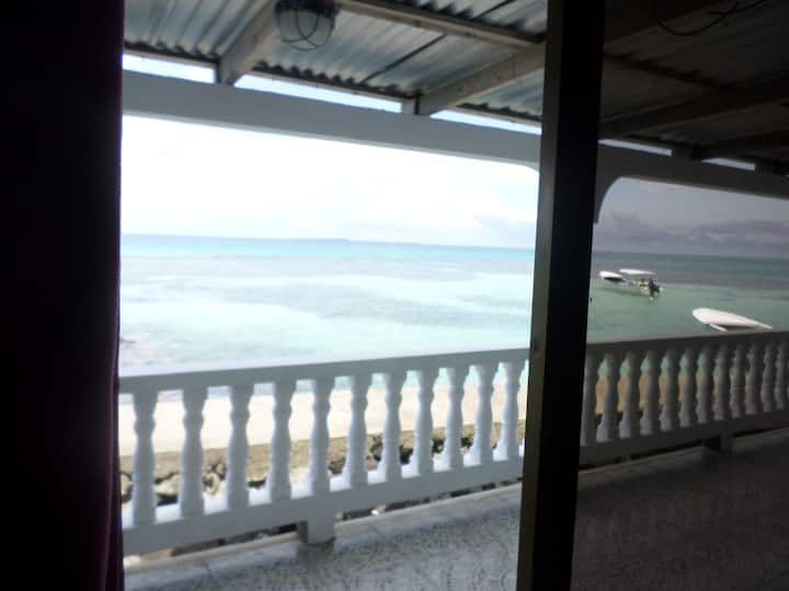 Private Room - Ocean View - Mimundo Hostel