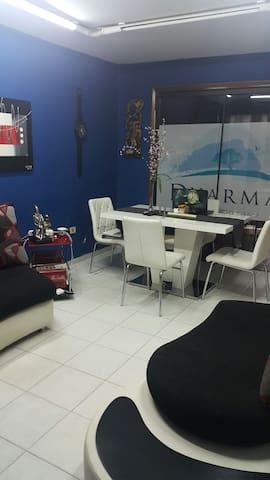Para 3 en zona inmejorable y segura - Asunción - Dom