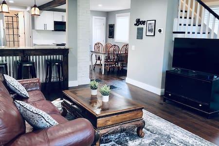 Comfortable Montgomery home near Jay Peak Resort