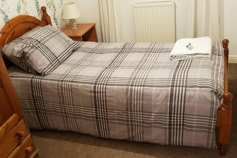 Bedroom 1 - Single.