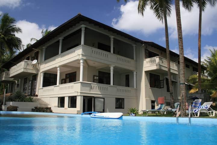 Villa Amoros, Ahungalla Beachfront