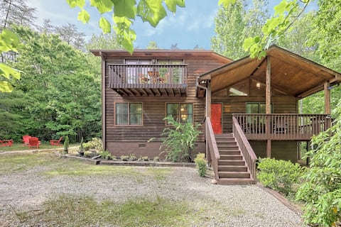 5 BR Traditional Wooden Cabin! 5min to Helen!