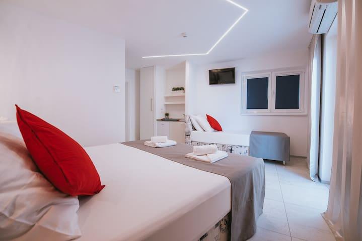 3 Hotel Happy Sun of Pag ***, Tripple Room