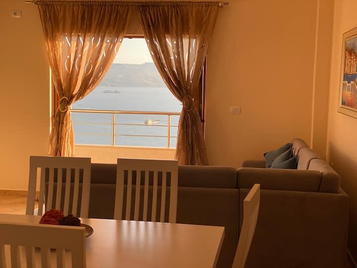 Sea view small apartment