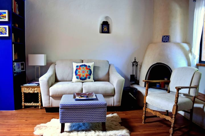 Charming & Serene Casita - Walk to Taos Plaza - Taos - Condominium
