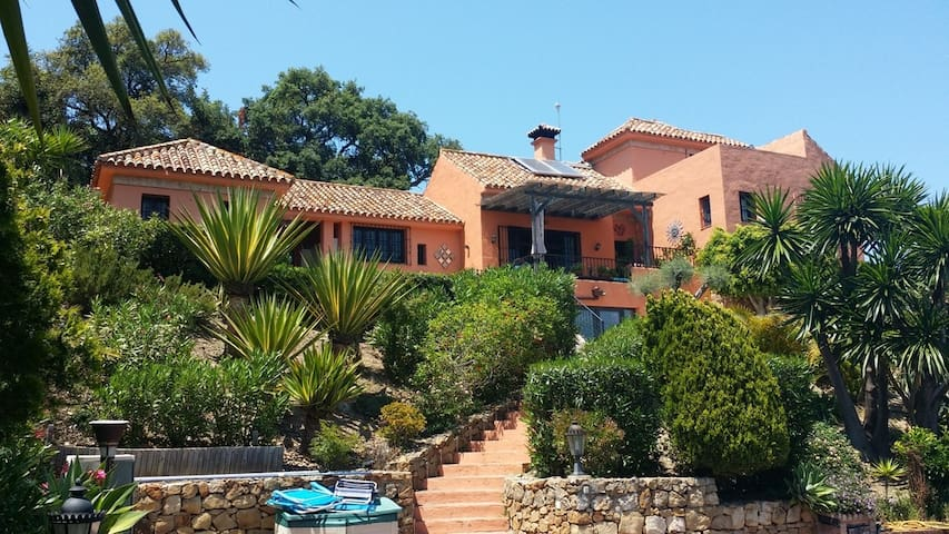 Stunning sea views, luxury studio. - Estepona - Lägenhet