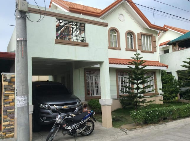 House and Lot for Rent Gen Trias Cavite