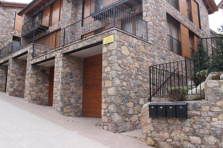 Apartamento en Vilallonga de Ter - Vilallonga de Ter - Daire