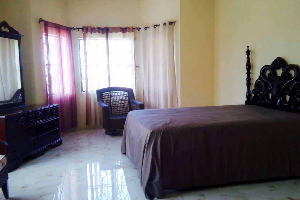 Bright Jamaican Style Vibes Room Houses For Rent In Mandeville Manchester Parish Jamaica